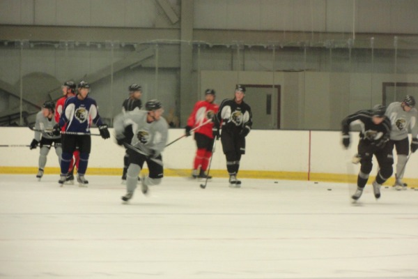 monarchs-camp-2012-line-drills