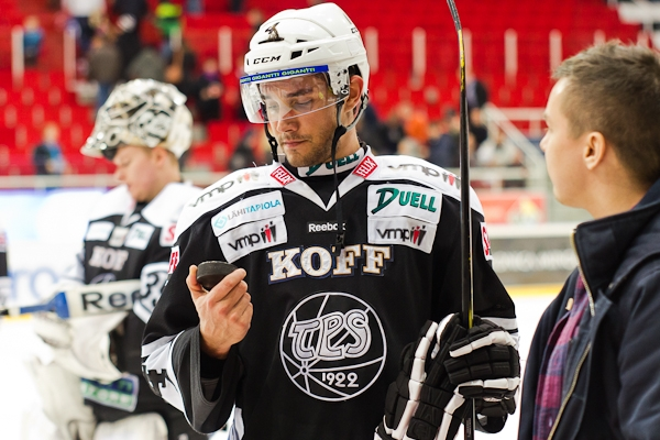 Alec Martinez first goal TPS Finland MayorsManor
