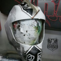 EXCLUSIVE: Preview pics of new LA Kings goalie mask for Berube