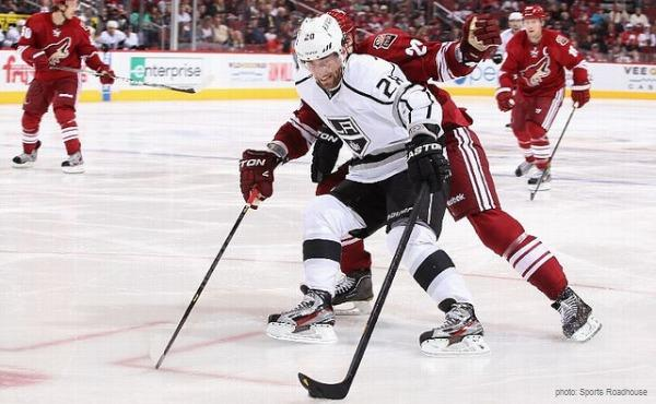Jarret Stoll Kings at Coyotes MayorsManor