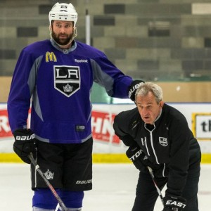 Dustin Penner LA Kings 2013 MayorsManor