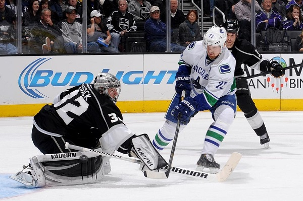 Canucks Kings NHL hockey