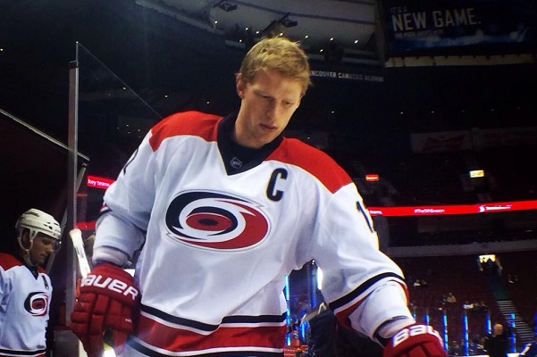 Staal Canes