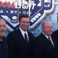 Robitaille on having Gretzky involved in LA's outdoor game