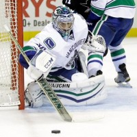 Puck Probability: Odds for Canucks at Kings, November 8