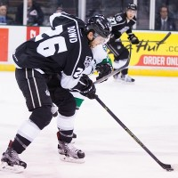 Third Period Comeback Propels Reign To A 2-1 Win Over Texas